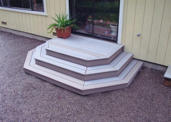 Tiered steps to patio