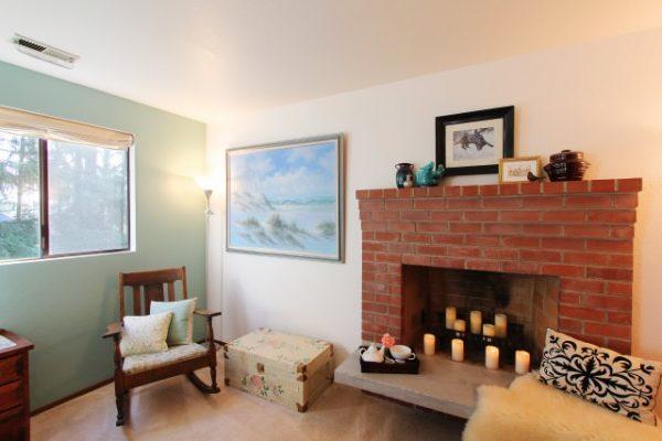 Bedroom fireplace update