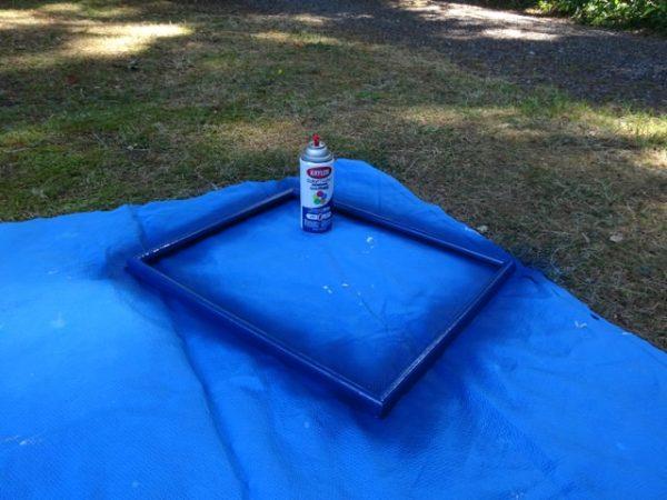 Paint a custom memo board