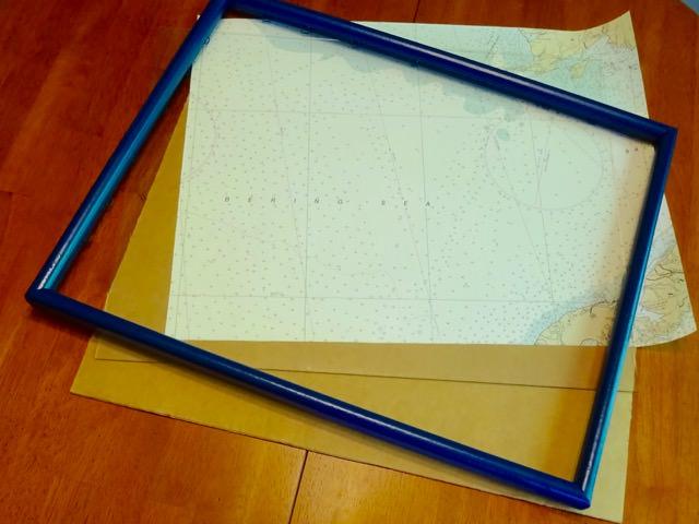 Assemble a DIY memo board