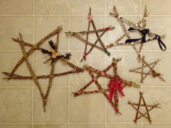 DIY rustic stars from twigs
