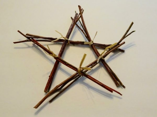 DIY twig star