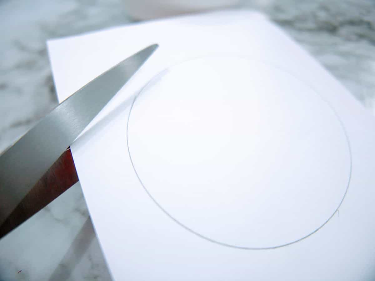Cutting Out Paper Circle