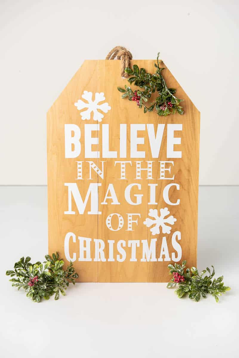 Believe in the Magic of Christmas wooden craft