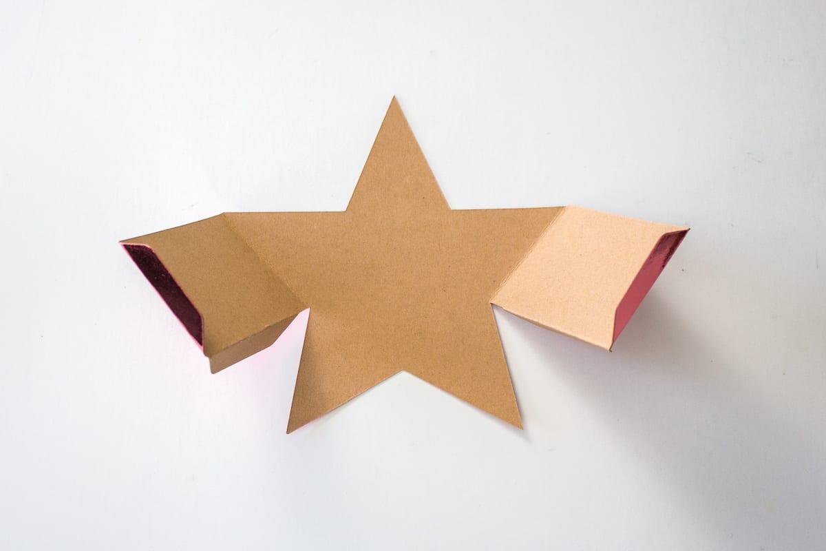 Assembling DIY Gift Box