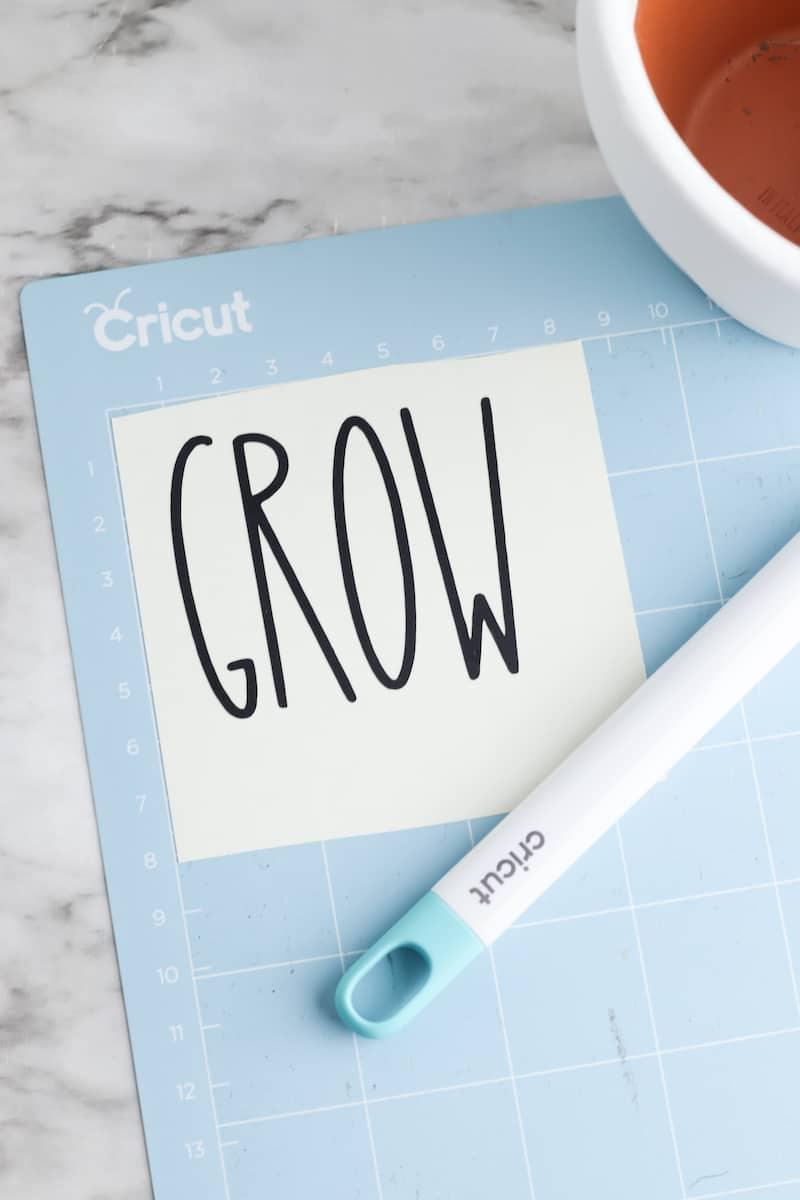 Grow Vinyl Letters on Cricut Mat