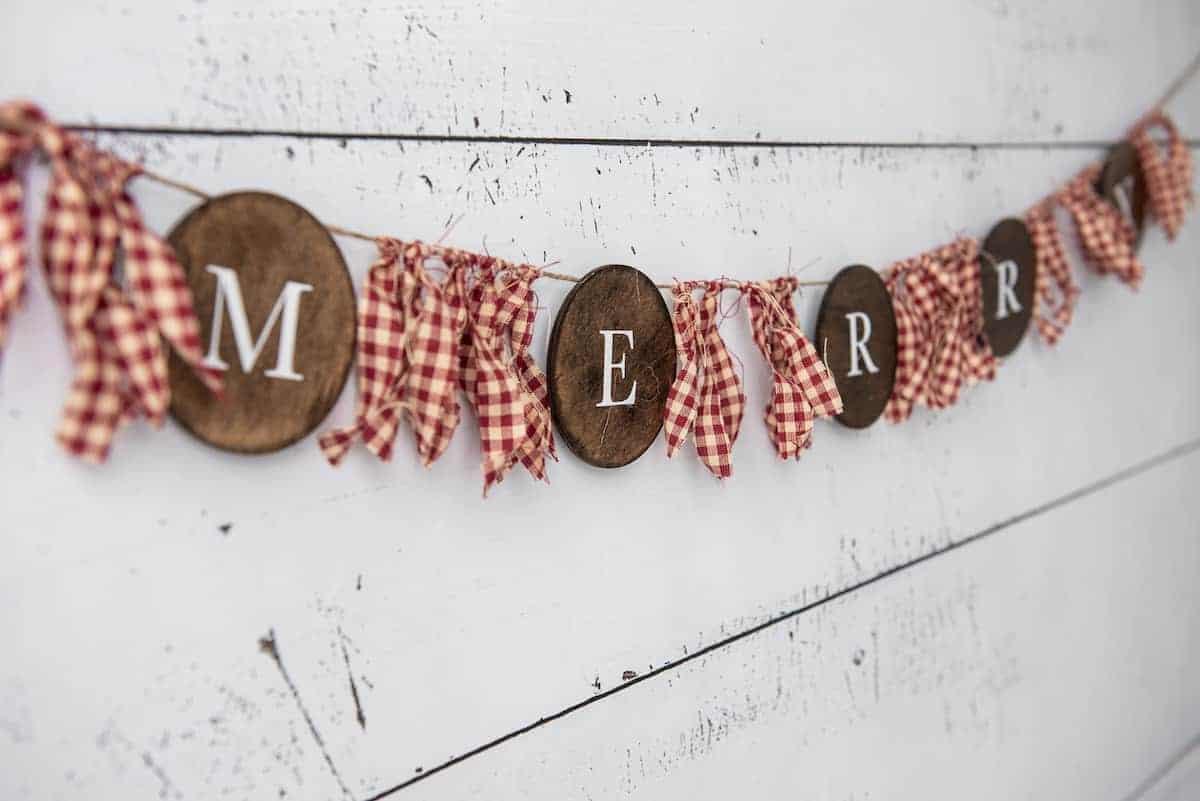 Merry Farmhouse Christmas Banner