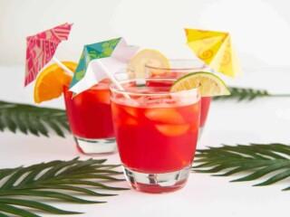 tropical drinks with Umbrella Sticks