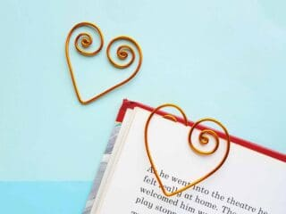 two wire heart bookmarks