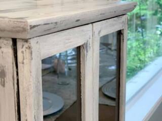 Antiqued Distressed furniture with vaseline tutorial