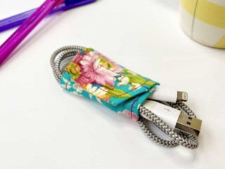 diy cord wrapper around phone charging cord